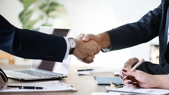 Imagem do handshake de negócios e cooperação